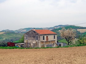 Le Marche Real Estate | Casa Bettina