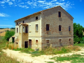 Casa Bossi - Real Estate for sale in Le Marche Italy