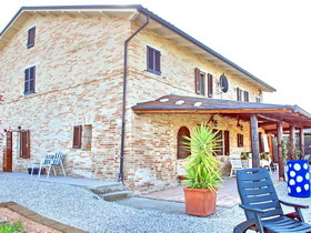Real Estate for sale in Le Marche Italy - Villa Carina